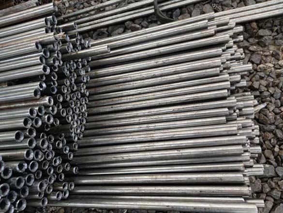 4.5小口径精密钢管
