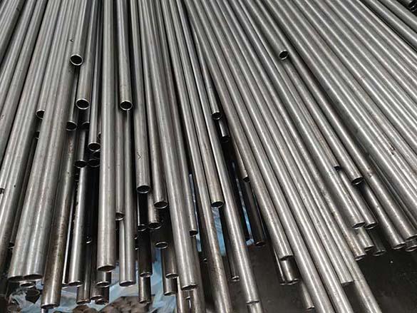 小口径精密钢管现货