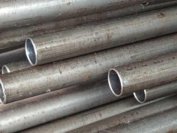 q235b精密钢管现货